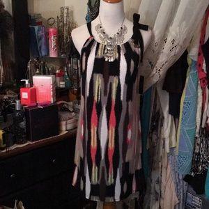 CLASSY AND BEAUTIFUL DRESS 👗 SZ MED BNWT 🤩